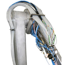Robotic-Finishing059.jpg Upside CCV on robot Products & Solutions > Solutions > Equipment in situation Color changing